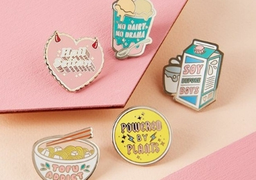 Souvenir Lapel Pins manufacturer and supplier in China