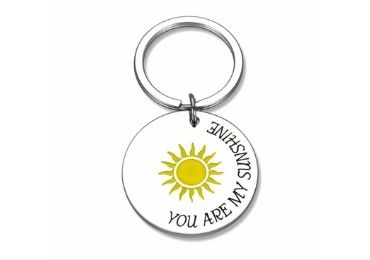 Friend Gift Metal Keychain manufacturer and supplier in China