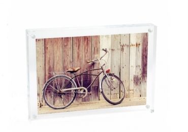 Romantic Acrylic Photo Frame manufacturer and supplier in China