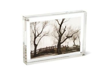 Acrylic Photo Frames manufacturer and supplier in China
