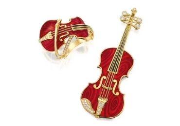 Violin Enamel Brooch manufacturer and supplier in China