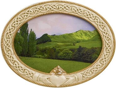 custom Souvenir Claddagh Photo Frame wholesale manufacturer and supplier in China
