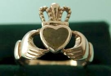 custom Souvenir Claddagh ring wholesale manufacturer and supplier in China