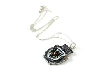 custom Austria Souvenir Jewelry Necklace wholesale manufacturer and supplier in China
