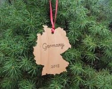 custom Germany Souvenir Christmas Ornament wholesale manufacturer and supplier in China