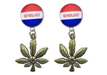 custom Netherlands Souvenir Brooch wholesale manufacturer and supplier in China